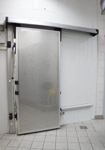 Двері холодильні відкатні з нержавійки