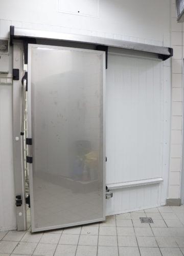 Холодильные двери откатные из нержавейки